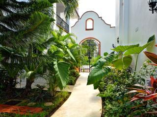 Gaviotas - Las Flores Properties  Great Deal!! - Playa del Carmen vacation rentals