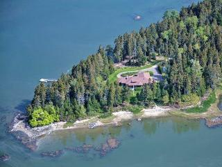 WATCH POINT - Town of Friendship - Great Cranberry Island vacation rentals