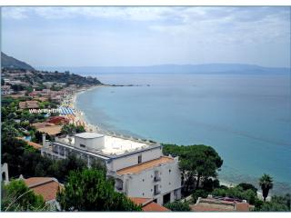 Apartment 50 meters to the sea - Capo Vaticano vacation rentals