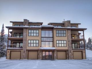3BD Luxury Suite: Walking Distance to Shops & Restaurants, Free Town Shuttle! - Big Sky vacation rentals
