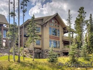 5BD Luxury Suite w/Outdoor Living Area, Hot Tub, Game Room, Ski Access & More - Montana vacation rentals