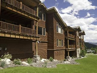 Great Value 2BD Year-Round Getaway: Ski Access, Close to Yellowstone & More! - Big Sky vacation rentals