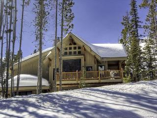 3+BD Mountain Home: Pool Access, Free Night Promo, Hot Tub, Ski Access & More - Big Sky vacation rentals