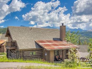 4BD Mountain Cabin Escape: Private Hot Tub, 2 Masters, Gourmet Kitchen & More - Big Sky vacation rentals