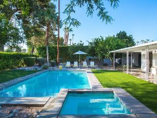 The Brentwood~ ***14nt MIN STAY REQUIRED IN SUMMER (6/1- 9/30) - Palm Springs vacation rentals