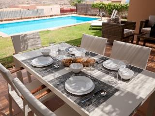 Par 4 Villa 7 - Grand Canary vacation rentals