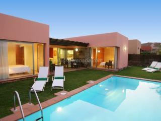 Par 4 Villa 3 - Maspalomas vacation rentals