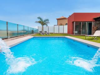 Par 4 Villa 20 - Grand Canary vacation rentals