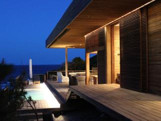 Vista Abril - luxury beach villa by safari reserve - Mozambique vacation rentals