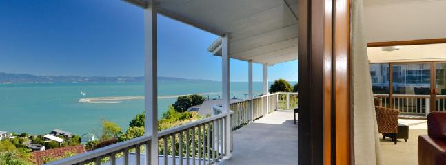 Above the Cut - South Island vacation rentals