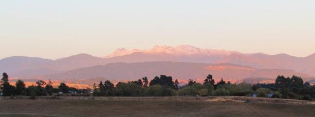Mahana Holiday Home   Sleeps 13   from $350 - Nelson-Tasman Region vacation rentals