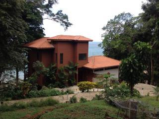 Sunset Villa - Spectacular Views on Isla Saboga - Isla Saboga vacation rentals