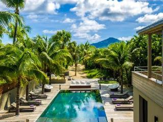 Chic two-level Villa K with full AC, large heated pool, and a walk to the beach - Anse Des Cayes vacation rentals