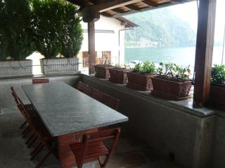 WATERFRONT HOUSE CASA DEL SOLE - Menaggio vacation rentals