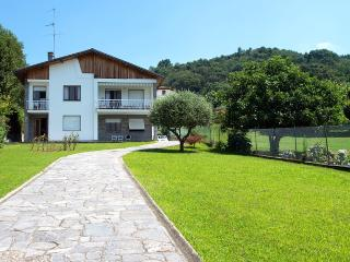 Wonderful relaxing villa with private beach! - Omegna vacation rentals