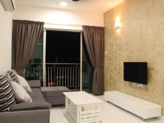 Newly Reno 3 Bedroom Condo, Bayan Lepas, Penang - Bayan Lepas vacation rentals