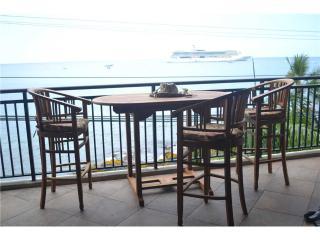 Kona Alii #302 - Kailua-Kona vacation rentals