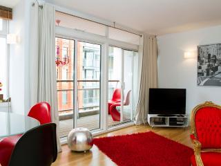 Live Your Dream!West End! Premium LuxDesign BIG 8! - London vacation rentals