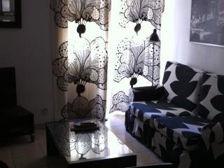 Central Sliema St Julians apartment - Saint Julian's vacation rentals