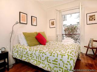 Diamonds in Your Sky Two Bedroom in Paris - Paris vacation rentals
