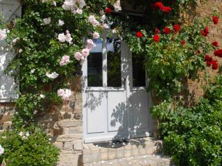 La Paix, a Lavender Farm in Suisse Normandy - Saint-Germain-du-Crioult vacation rentals