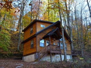 Fireside, Luxurious cabin in the Red River Gorge! - Slade vacation rentals