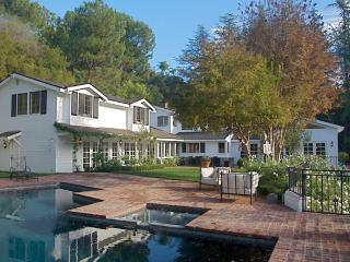P61 #153 Beverly Hills Vacation Estate with Pool and Tennis - North Hollywood vacation rentals