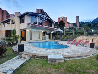Spacious 7 Bedroom Villa in Las Palmas - Medellin vacation rentals