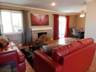 Elegance Luxurious Home 3 Miles From. Disney, 4 Miles Fr. LittleSaigon,  100% remodeled - Anaheim vacation rentals