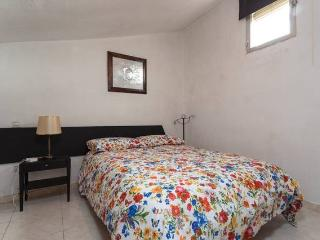 2 lovely bedrooms close to the palace in la latina - Madrid vacation rentals