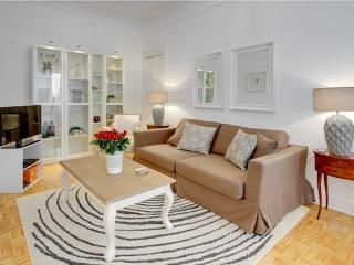 Minuet- Romantic Apartment with Terrace, in Nice - Monaco vacation rentals