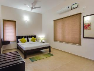 Corner Stay Serviced Apartment - Race Course-3BHK - Coimbatore vacation rentals