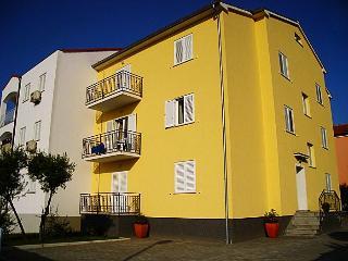TH00027 Apartments Bella / Two Bedroom A5 - Rovinj vacation rentals