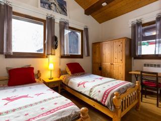 Chalet Kobi - B&B Twin Bedroom - Chamonix vacation rentals