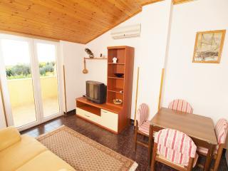 TH00094 Apartment Drandic /Two bedrooms A1 - Fazana vacation rentals