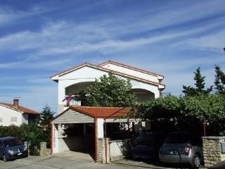 TH00181 Apartments Jakša / two bedroom A4 - Pula vacation rentals
