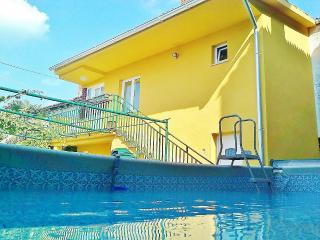 TH00182 Holiday House Irene - Valtura vacation rentals