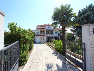 TH00238 Apartment Neily - Rovinj vacation rentals