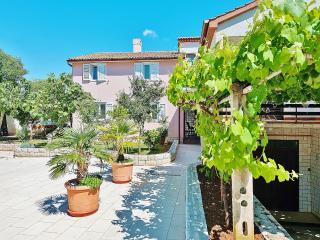 TH00261 Apartments Brioni Colors / One bedroom A3 - Pula vacation rentals