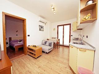 TH00295 Apartments Simonetta / One bedroom A2 - Rovinj vacation rentals