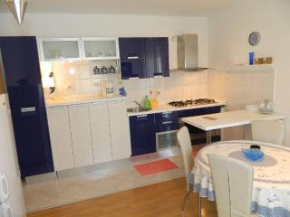 TH00167 Apartments Ana / Two bedrooms Lavanda - Valbandon vacation rentals