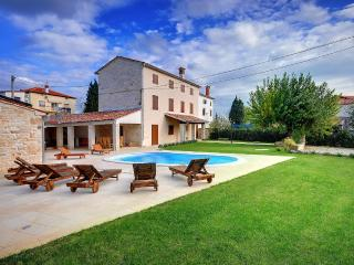 TH00356 Villa Moncalvo - Bale vacation rentals