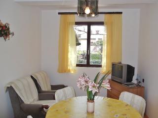 TH00390 Apartments Silva / Family two bedroom apartment A4 - Medulin vacation rentals