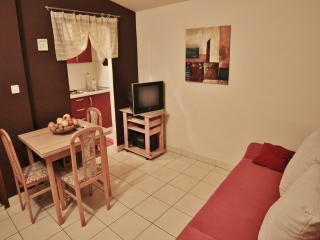 TH00389 Apartments ILY / One bedroom A2 - Fazana vacation rentals
