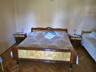 TH00392 Guest House Nada / Comfort double room S2 - Pula vacation rentals