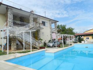 TH00411 Apartments Nada / Studio A1 - Fazana vacation rentals