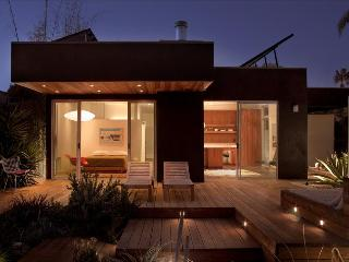 Cactus Flower - Organic Beach Living Beach in a desert-style luxury retreat, 100% Solar. - Venice Beach vacation rentals