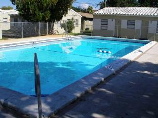 1 Bedroom apartment in Hollywood, Florida - Hollywood vacation rentals