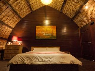 OV1 - Meno Mojo Beach Resort - Gili Meno vacation rentals