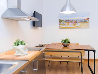 Central apartment in Barcelona - Barcelona vacation rentals